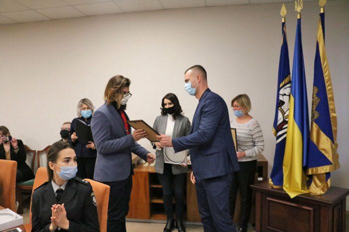 🏆 В Солом'янській РДА привітали найкращих представників студентської молоді